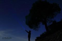 Contando Estrellas (Antonio Makeda) Tags: nightphotography portrait paisajes naturaleza luz night contraluz landscape persona luces noche gente natural negro paisaje cielo lugares estrellas nocturna tres cielos chico fotografia montaa autorretrato nocturnas nube noches catalua picos nocturno fotonocturna lamola nuves nocturnidad largaexposicion fotografianocturna alzina paisajenocturno nocturana alina jutges