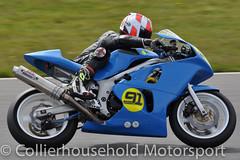 Supertwins - R1 (4) John Campbell (Collierhousehold_Motorsport) Tags: honda suzuki kawasaki aprilia 400cc snetterton 650cc supertwins avontyres thundersport thundersportgb snetterton200 stocktwins hmtracing