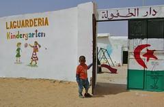 LA.GUARDERIA. (josepponsibusquet.) Tags: algeria desert arena desierto kindergarten nio nen argelia guarderia sorra saharauis tindouf tinduf refugiados campaments campamentos shara saharalibre refugiats 27febrero sahraus