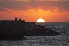 Amaneciendo a lo grande (lesxanes) Tags: sea sky espaa seascape beach marina sunrise mar spain asturias playa luanco amanecer cielo asturies canon1100d