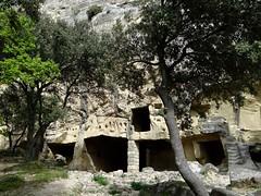 Lamanon (Eric J-A D.) Tags: troglodytes lamanon sitedecals grottesdecals