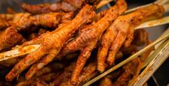 Patitas de pollo (risaclics) Tags: peru chickenfeet 50mm18 huanchaco patitasdepollo nikond610 may2016
