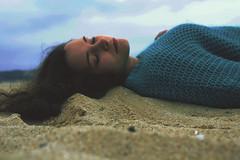 IMG_28 (mariliaruivophotography) Tags: claro branco saturao cores nude pessoa movimento calma sonho suave vento escuro longe ameno intenso aumento humanidade sensao longevidade caracteristico drstico