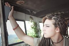 Fra (Lorenzo Pirotto) Tags: ritratto ragazza girl faccia viso portrait fuji foto immagine colori volto face woman donna vintage cool mare sea estate summer