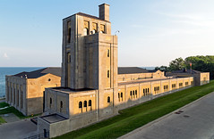 20160801. The perceptibly pristine palace of purification pump house (RC Harris Water Treatment Plant Filtration Building, Toronto, Art Deco, c.1941). (Vik Pahwa Photography) Tags: vikpahwaphotography vikpahwacom architecture toronto urban artdeco palaceofpurification rcharriswatertreatmentplant nevilleparkqueenstreet birchcliff scarborough rcharris waterworks romanesquerevival modernclassical taylorhazellarchitects ch2mhill
