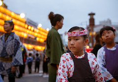 Adorable girl stopped in front of me (Apricot Cafe) Tags: festival japan power religion peaceful happiness jp chiba success enjoying narita teamwork 2016 chibaken traditionaloutfit annualevent naritagionfestival naritashi sigma35mmf14dghsm