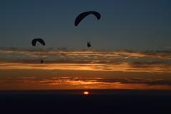 DSC_1751 (justinecharrel) Tags: sunset coucher de soleil auvergne france puydedome volcan montagne nature landscape paysage colors orange red blue sky clouds sun parapente parasailing nikon nikond3200 out
