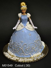 M01549 (merrittsbakery) Tags: cake shaped doll barbie princess disney movie cartoon cinderella
