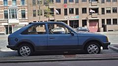 Opel Kadett 3-door 1.6S SR (sjoerd.wijsman) Tags: auto blue holland cars netherlands car gm blauw d nederland thenetherlands denhaag voiture bleu vehicle holanda hatch autos blau paysbas olanda opel hatchback fahrzeug bluecar niederlande generalmotors zuidholland kadett onk carspotting opelkadett lichtblauw bluecars carspot kadettd opelkadettd kn50ld sidecode4 07052015