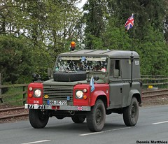 Military Land Rover (Schwanzus_Longus) Tags: auto road street green english classic up car germany army britain outdoor military iii main great plate rover german eod license gb land british 90 serie landy fahrzeug defender ffr oltimer bruchhausen vilsen