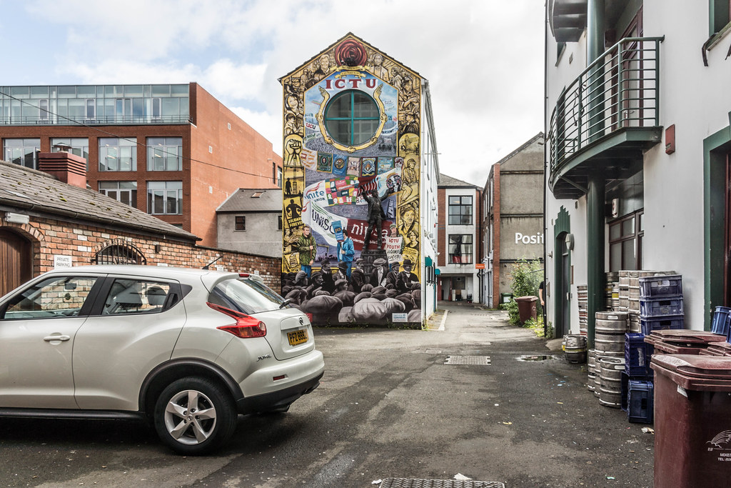 Street Art In Belfast [Donegall Place] REF-104668