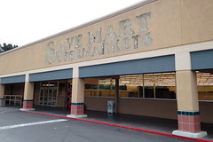 Lights on, nobody home... (Ian E. Abbott) Tags: suburbia santaclara elcaminoreal outofbusiness savemart redevelopment sorrywereclosed lightsonnobodyhome