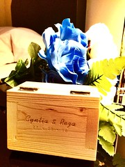Wooden Box Ring (rezaraharja) Tags: flower iphone woodenbox