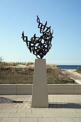 (Kunst am Bau / DDR) Tags: warnemnde kunst ddr ostdeutschland ostalgie kunstambau kunstinderddr ostmoderne ddrkunst ddrrelikt kunstimraum kunstdazwischen