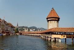 Il ponte ricostruito (sirio174 (anche su Lomography)) Tags: lucerna luzern ponte pontecoperto incendio fire ricostruzione kapellbrcke