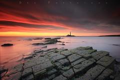 Paradise mislaid (Stu Patterson) Tags: old lighthouse seascape st sunrise stu northumberland marys patterson hartley