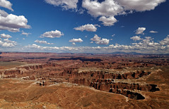 Canyonlands National Park - Utah (Guillaume DELEBARRE (Guigui-Lille)) Tags: usa landscape paysage america utah rocks canyons sky bluesky clouds cloudysky nuages immensit majest majestueux ouest ouestamricain west canon 6d tamron2470f28 trip view greatwiew guillaumedelebarre travel voyage dxo f14 canyonlands nationalpark