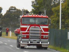 photo by secret squirrel (secret squirrel6) Tags: craigjohnsontruckphotos secretsquirrel6truckphotos kenworth sandown cabover red stripes bobtail kw trucking classic flickr photos