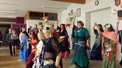 HARISSA tanzt mit mir in den Mai  HARISSA rock the house (saahiradancer) Tags: party priska dancers event tanz musica villa schwarzwald tanzen freude harissa schopfheim auftritt nieke orientalischer bauchtanz bauchtänzerin saahira bauchtanzgruppe