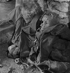 Charred bodies of two German civilians killed during the Bombing of Dresden unearthed from an air raid shelter about 7 months later. In four raids in February 1945, British and US bombers dropped more than 3,900 tons of bombs killing between 22,700 and 25 (Histolines) Tags: nov from two 3 history by four during 22 dresden us killing air 7 an retro more peter german richard 25 than timeline killed british about months february raid shelter bombs 700 1945 000 dropped bodies bombing 900 later between bombers tons charred raids in unearthed civilians vinatage historyporn histolines 1180x1234 httpifttt1tjnkkr