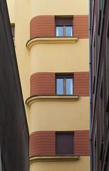 Ventanas (Oscar F. Hevia) Tags: windows espaa facade spain alley gijn asturias ventanas fachada callejn asturies xixn principadodeasturias