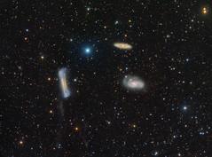 Leo Triplet with some tidal tail and Comet 67P (Roberto Colombari) Tags: stars tail astrophotography astrofotografia galaxies universe tidal dsw deepsky astrometrydotnet:status=solved leotriplet astrometrydotnet:id=nova1602870