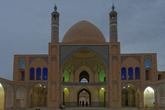 Friday Mosq, Masjed Jameh, Kashan, Iran (TournicO) Tags: golden iran du hour friday kashan heure bleue vendredi mosque masjed mosq jameh