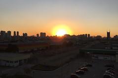 Bye, beautiful day. See you tomorrow. (Elias Rovielo) Tags: sunset pordosol sp commute paulo so poente tamanduate subwaytrainstation estaodemetrtamanduate