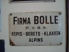 Gent (marianbijlenga) Tags: pet gent vlaams berets emaille klak klep kepis alpins klakken firmabolle
