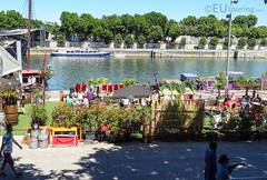 Outdoor area of La Dame de Canton (eutouring) Tags: travel paris france river boat chinesejunk riverseine openairbar damedecanton ladamedecanton