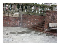 Widergnger / Punks are Zombies, Aren't They? (bartholmy) Tags: emden ostfriesland graffiti punk anarchie anarchy emptyseat bank bench treppe stairs balusters baluster