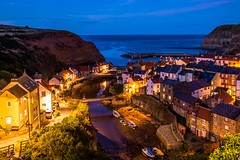 Staithes at dusk (Kuba Abramowicz) Tags: staithes uk north yorkshire captain cook color colors colour colours colorful cliff cliffs sky skyline scenic scenery scene view vista united kingdom europe european europa eu twilight blue bluehour hour house houses horizon horizone buldings bulding town small village water sea northern nikon nikkor nikor night long exposure dark low light lights 2470 d610 english england eastern east 35mm f11