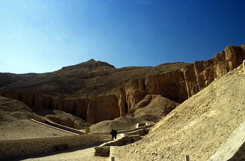 "Ägypten 1999 (401) Theben West: Tal der Könige • <a style=""font-size:0.8em;"" href=""http://www.flickr.com/photos/69570948@N04/29276619550/"" target=""_blank"">View on Flickr</a>"