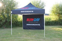 Quick Folding Tent - Run2Day Tent