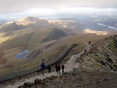 """Walkers approach Snowdon's summit, with Moel Eilio below • <a style=""""font-size:0.8em;"""" href=""""http://www.flickr.com/photos/41849531@N04/17532302584/"""" target=""""_blank"""">View on Flickr</a>"""