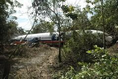 683 Trinidad 26-5-08 45 727 (Proplinerman) Tags: airplane aircraft aeroplane boeing airliner jetliner trijet boeing727 lloydaereoboliviano cp2429