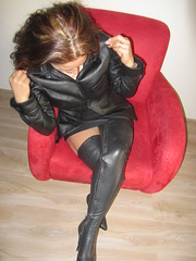 IMG_2058 (leatherlady 1) Tags: hot sexy girl leather lady model boots skirt milf overknee thighboots deri laarzen ladie thighhighboots cisme leatherlady1
