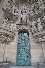 Sagrada Famlia (Ingunn Eriksen) Tags: sagradafamlia barcelona spain door