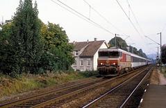15018  Mulhouse - Dornach  13.10.84 (w. + h. brutzer) Tags: mulhousedornach eisenbahn eisenbahnen train trains frankreich france railway elok eloks lokomotive locomotive zug 15000 sncf webru analog nikon