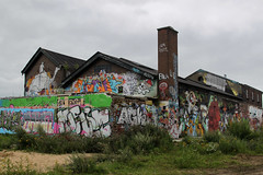 the factory (Elly Snel) Tags: streetart colorful grafiti walls kleurrijk zutphen muren