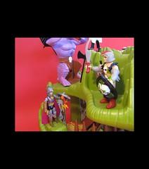 IMG_2579b (jedipatrick7) Tags: dragons fangs fortress playset dungeons advanced ljn