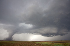 Preparing the hand off (ianseanlivingston) Tags: kansas tornado wallcloud supercell thunderstorm weather stormchasing