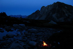 End of Day (Dru!) Tags: canada night fire evening bc dusk britishcolumbia meadow campfire alpine mountaineering lillooet coastmountains bivouac downtoncreek faultytower