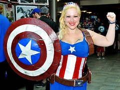 Eternal Con Female Captain America Muscle (Mike Rogers Pix) Tags: cosplay batman captainamerica madmax bane catwoman deadpool eternalcon