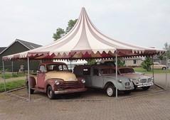 Classic cars for sale (Fuego 81) Tags: chevrolet wagon volvo amazon estate pickup citroën 2cv kombi azu
