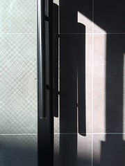 (straight and cadywampus) (kimjuyoung656) Tags: door shadow glass wall pattern korea iphone