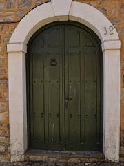 Puerta Maragata (C.Frayle) Tags: espaa rural spain arquitectura puerta y edificio casas len castilla castillaylen maragatera maragata