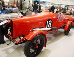 Morris Oxford Red Flash (MJ_100) Tags: car museum racecar redflash oxford vehicle morris racer racingcar gaydon classiccarshow motormuseum