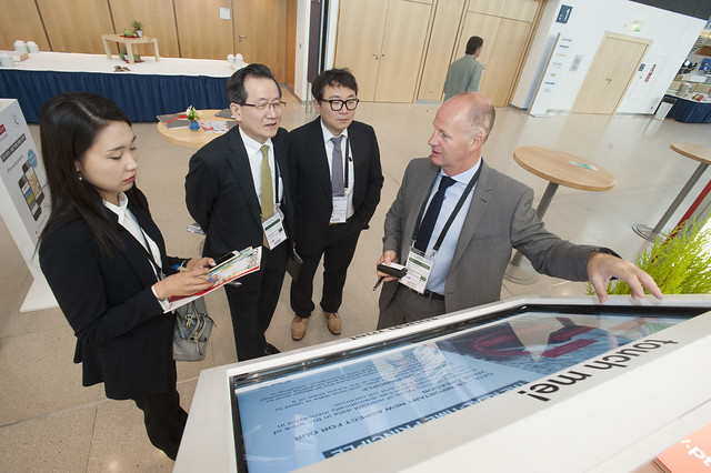 Miller Crockart using PTV Group technology with Min Jeong Kim, Jo-jin Lee and Jong-Hae Choi at the exhibition
