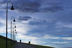 Bajando del Cerro Sta. Catalina (Gijn) (CarlosConde/Photography) Tags: santa blue azul clouds catalina gijn sony asturias cerro nubes tamron farolas 70300 ilce7m2 456vc